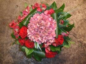 Faire un bouquet rond explications simples - Faire un bouquet de fleurs ...